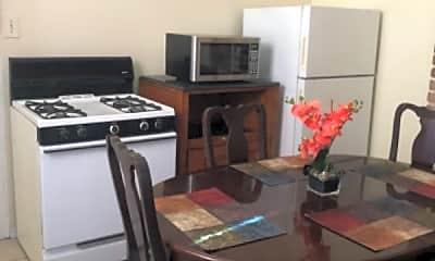 Kitchen, 3109 Milan St, 2