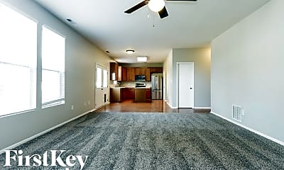Living Room, 10558 Ross Crossing, 1