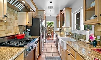 Kitchen, 432 Westbourne Dr, 1
