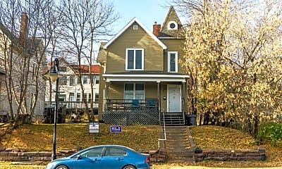 105 E 4th Street, 105 E 4th Street, 1
