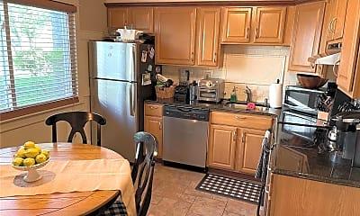 Kitchen, 40 W 4th St, 1