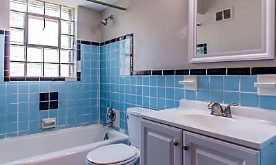 Bathroom, 7212 Dartmouth Ave, 2