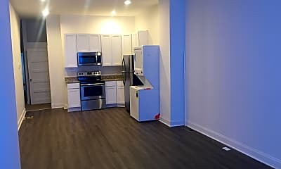 Living Room, 5260 Jefferson St, 0