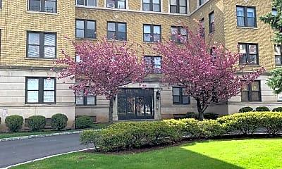 Building, 94 S Harrison St, 0