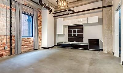 Building, 328 W 200 S, 1
