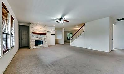 Living Room, 12403 Canoe Rd, 1