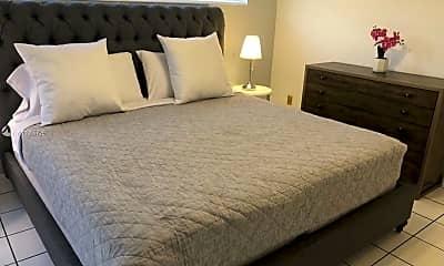 Bedroom, 18780 NE 18th Ave 124, 1