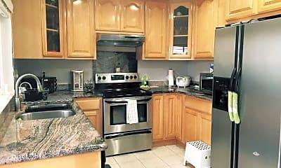 Kitchen, 2206 Amberwood Ln, 0