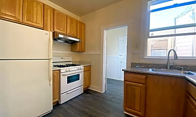 Kitchen, 333 4th Ave, 2