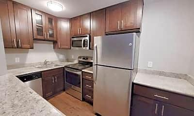 Kitchen, 658 Cherry Way, 0