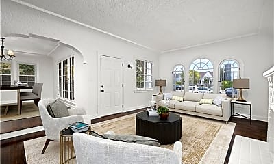 Living Room, 1842 S Redondo Blvd, 1
