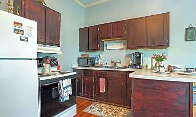 Kitchen, 261 Kentucky Ave, 2