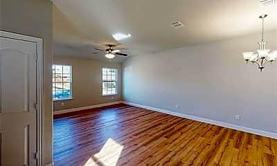 Living Room, 4622 Sausalito Dr, 1