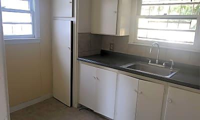 Kitchen, 2523 N Tom Green Ave, 0