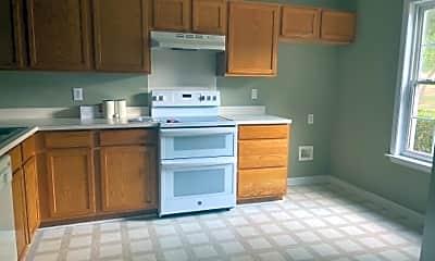 Kitchen, 917 Heritage Pkwy, 1