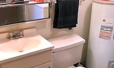 Bathroom, 619 Parker St, 0