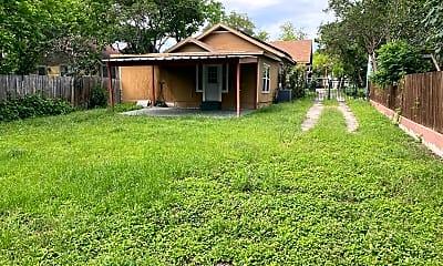 Building, 710 E Ashby Pl, 2