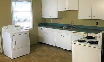Kitchen, 214 Atkinson Dr, 1