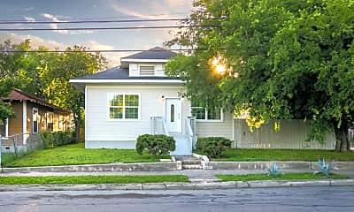 Building, 2219 N Flores St, 0