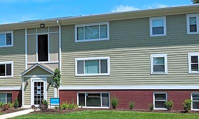 Building, Garfield Park Apartment Homes, 0