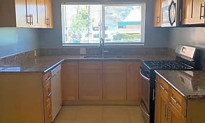 Kitchen, 725 N Kenwood St, 0