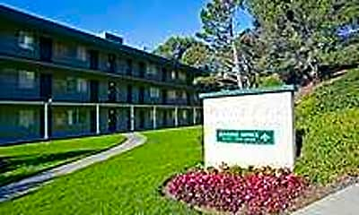 Pacific View Apartments, 1