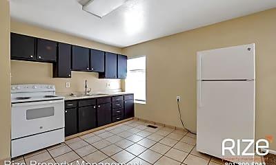 Kitchen, 2318 Jefferson Ave, 1