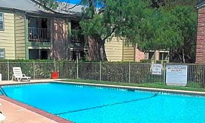 Pool, Liberty Ridge, 0