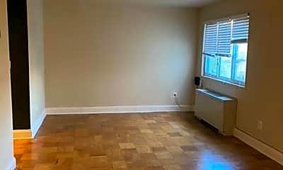 Living Room, 1005 Chillum Rd 410, 1