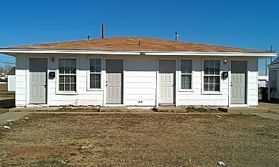 Building, 1004 N Lake St, 0