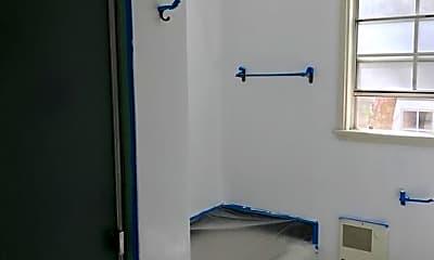 Bathroom, 2712 Montana Ave C, 2