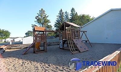 Playground, 305 Shawnee Trail, 2