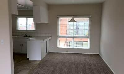 Living Room, 811 Main St, 1