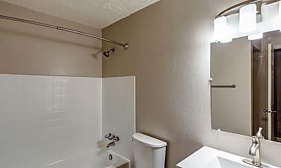 Bathroom, Lincoln Springs, 2