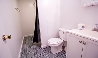 Bathroom, 323 Semple St, 1