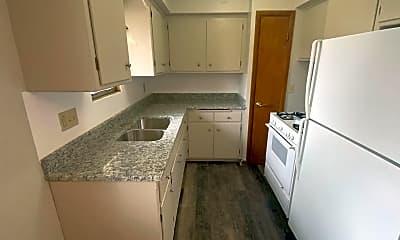 Kitchen, 3952 S 43rd St 3954, 2