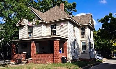 Building, 104 N Salisbury St, 0