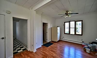 Bedroom, 409 Honesdale St, 2