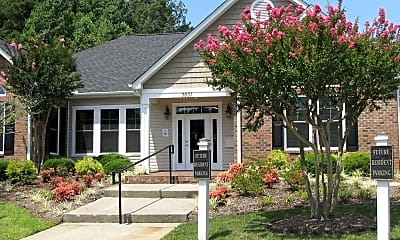 Landscaping, Laurel Bluff Apartments & Townhomes, 1