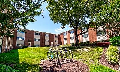 Building, Wyman Court Apartments, 1