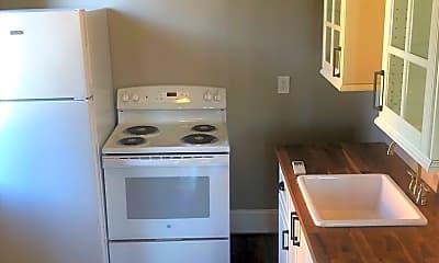 Kitchen, 402 Shawnee St, 1
