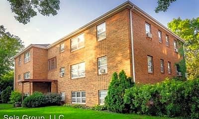 Building, 3559 Huntington Ave, 1