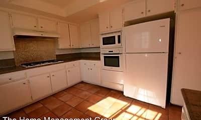 Kitchen, 2412 Mathews Ave, 2