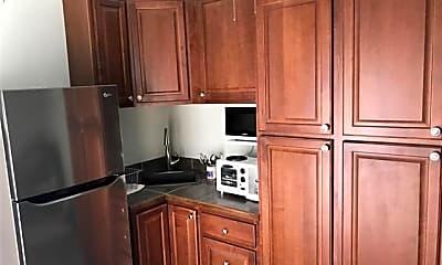 Kitchen, 7503 St Charles Ave C, 2