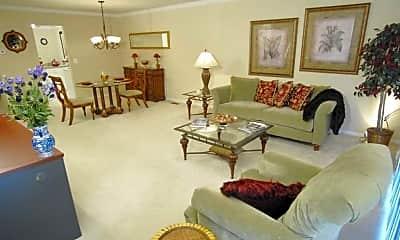 Living Room, Covington Club Apartments, 1