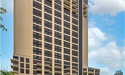 Building, 555 E 5th St 2825, 1
