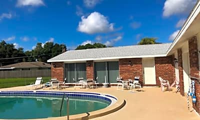 Pool, 825 Courtington Ln, 2