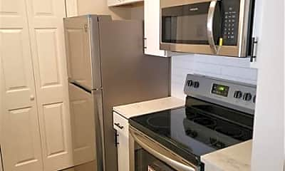 Kitchen, 1075 Peachtree Walk NE A306, 1