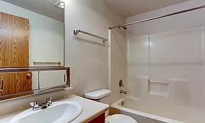 Bathroom, Deer Creek Crossing, 2