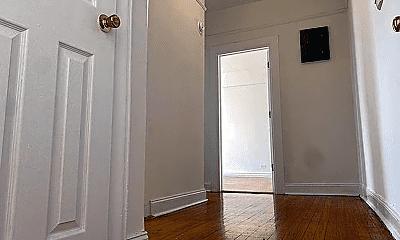 Bathroom, 3165 Decatur Ave, 2